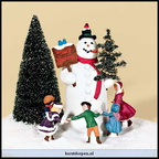 56 58638-village square snowman holiday 2002