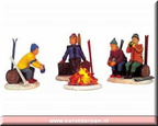 04468-skiers camp fire set of 4