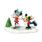 811274-Mickey & Minnie Go Skating