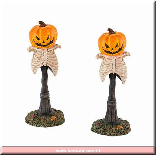 4025405_creepy_pumpkin_street_lights_set_of_2.jpg