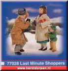 77028-last minute shoppers