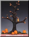 03323-spooky-tree-with-pumkins