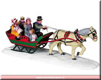 83701-family sleigh ride
