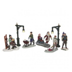 609.200-figurines  set of 7