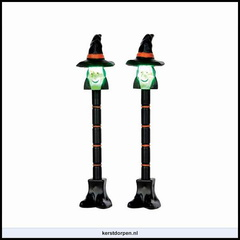 54914 witch lamp post