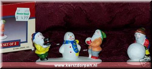 43106-elfs making snowman  set of 2